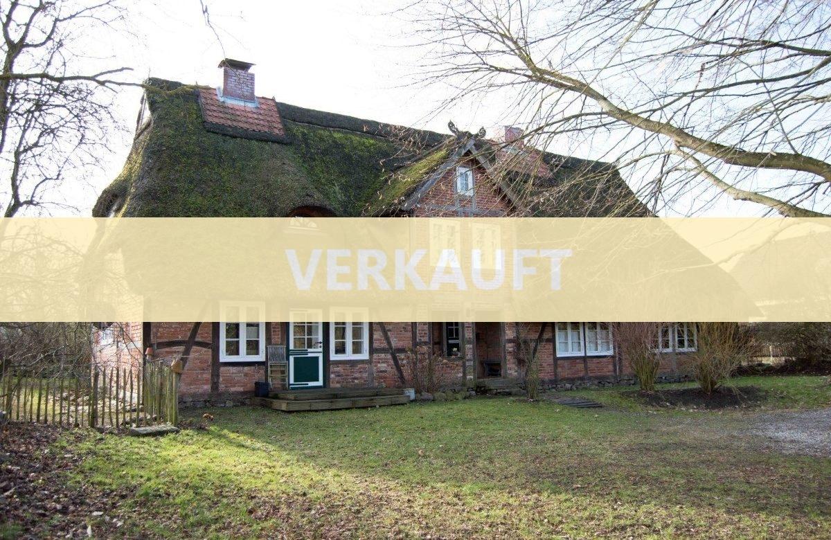 Sie suchen DAS Besondere? Historisches Wohngebäude liebevoll instandgehalten!
